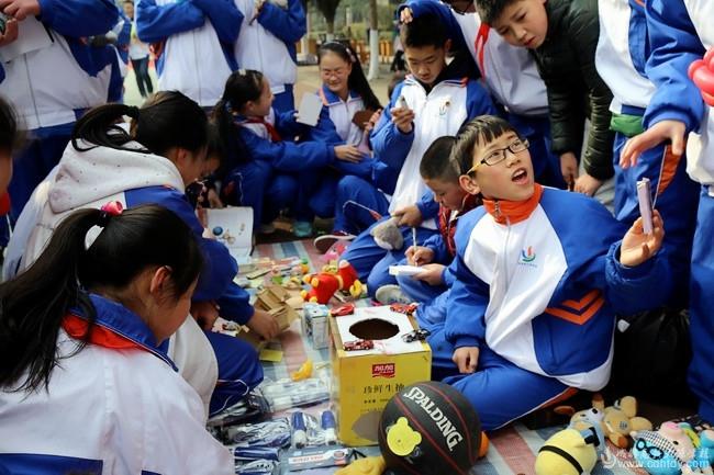 大源学校2015年阳光跳蚤市场暨社团展示活动